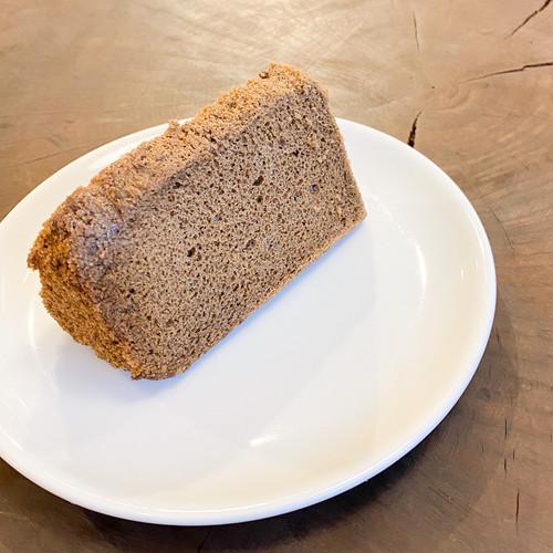 小麦よりしっとりした 米粉のシフォン